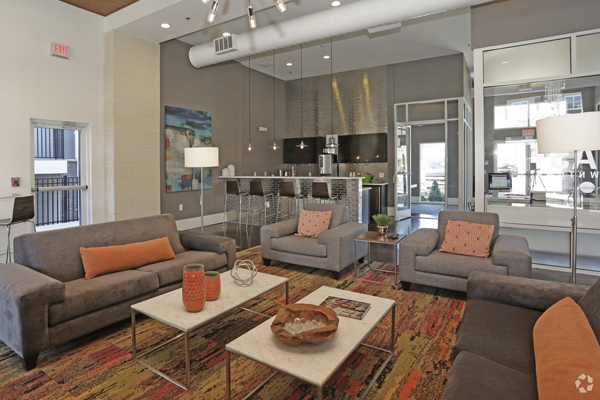 811 East Downtown Ideal Corporate Housing